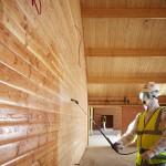 Огнебиозащитная обработка деревянного сруба