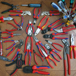 Выбираем производителя электромонтажных инструментов