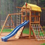 Как правильно выбрать игровую площадку для дачи и дома