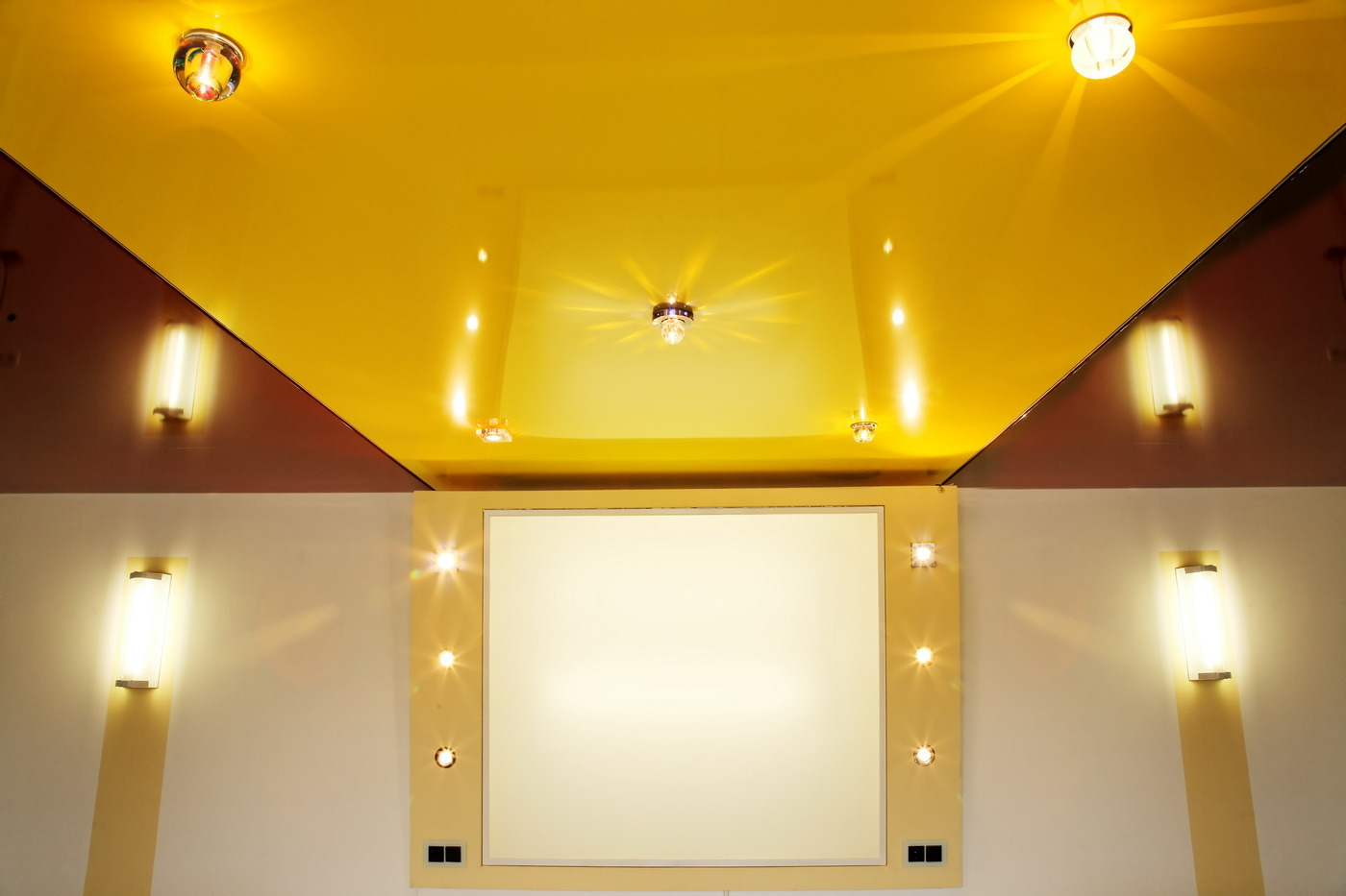 освещение для натяжных потолков фото проклятия находится большого
