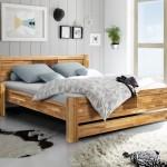 Особенности кровати из натурального массива дуба